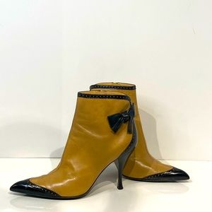 Sergio Rossi beige and black ankle booties